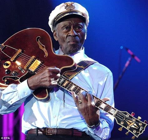 Charles N Keith Paradise 10087 chuck berry celebrates 90th birthday with album in 38 years everlasting radio