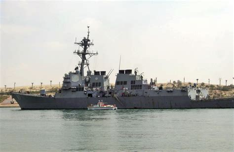 boat vs ship us navy official yemen rebels fire 2 missiles at navy ship u s