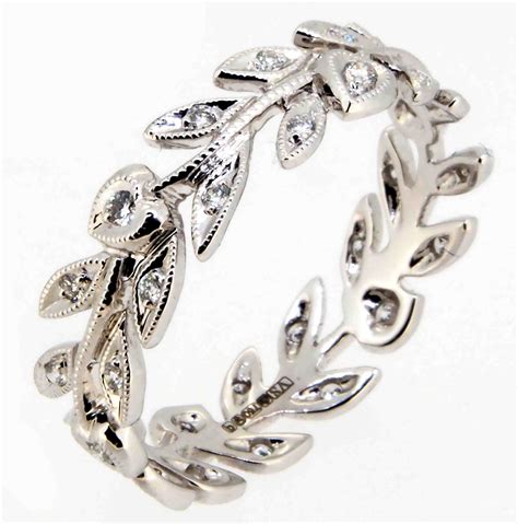leaf pattern eternity ring an 18ct white gold open work leaf pattern band ring