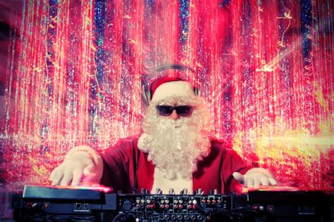 the 15 worst holiday stock photos of 2014 capterra blog