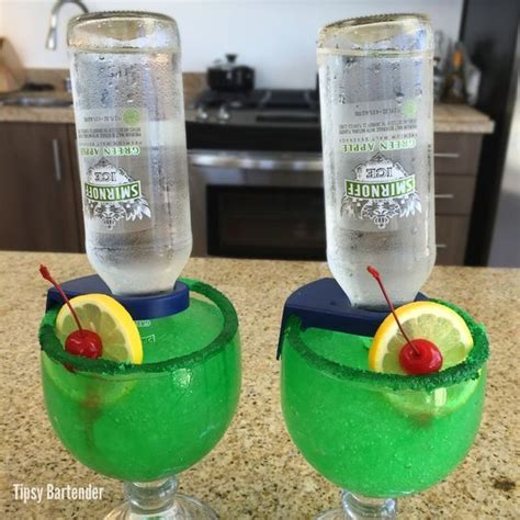 apple martini mix green apple for the recipe visit us here www