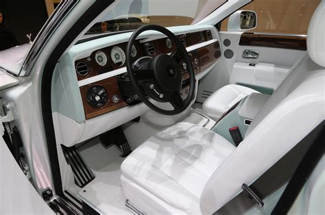 rolls royce phantom serenity rolls royce phantom quot serenity quot looks fit for royalty in geneva
