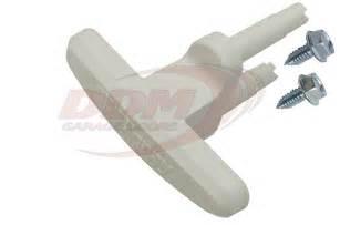 Clopay Garage Door Handles Exterior Garage Door Lift Handle For Clopay Plastic White Part Hdl Clwh