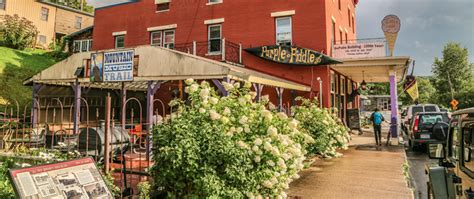 Cutest Small Towns 7 Small But Vibrant Wv Towns You Ll Need Several Days To