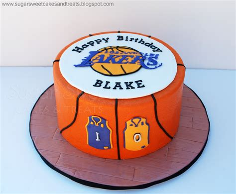 La Lakers Basketball Cake   CakeCentral.com