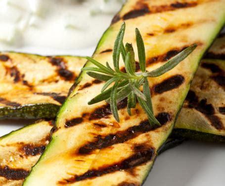 come cucinare le zucchine lunghe metodi di cottura come cuocere le zucchine