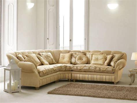 Halbrunde Sofas Im Klassischen Stil by Sofa In Luxus Klassischen Stil Kurvenreichen Form Idfdesign