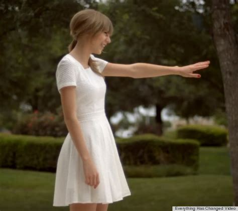 taylor swift dress mp3 download musicpleer usa fashion music news photoshoot you ll never guess