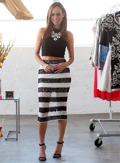 black lace pencil skirt ideas