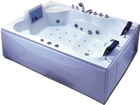 Luxor Whirlpool With Built In Tv Is The King Of Bathtubs luxor whirlpool with built in tv is the king of bathtubs