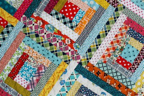 Log Cabin Quilt Images by Blue Is Bleu Scrappy Log Cabin Baby Quilt