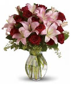 Corsages Near Me Teleflora Lavish Love U S Retail Flowers Flowers Plants And Gifts With Same Day Delivery