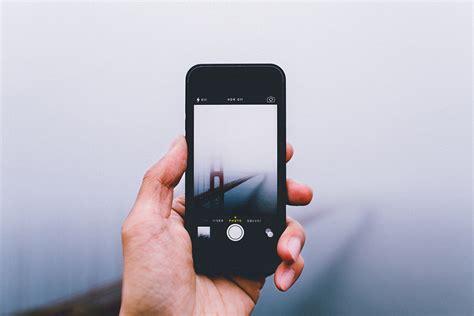 phone photography through the phone by samalive shockblast