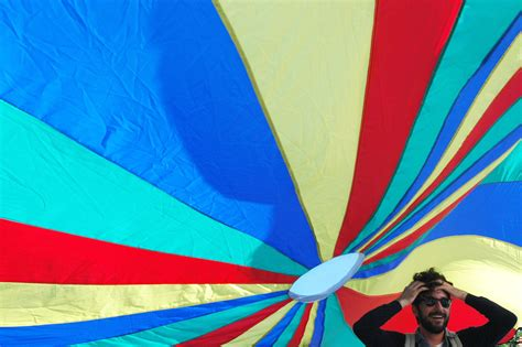 snap parachute party mission local