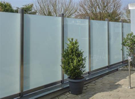 Fenster Mit Sichtschutz Im Glas by Schutzwand 02 Metallbau Heiner Dressr 252 Sse Gmbhmetallbau