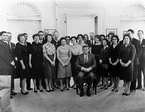 Jfk Cabinet St 22 1 61 President John F Kennedy With White House
