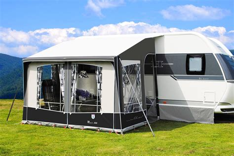 universal awnings walker maxi 300