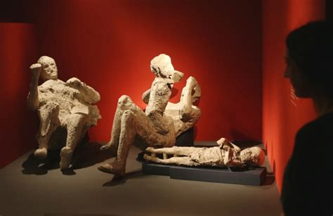 smorza candela photos startling pompeii relics shown in