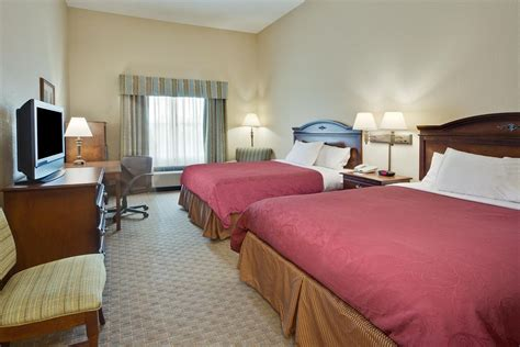 rooms in panama city book country inn suites by carlson panama city fl panama city hotel deals