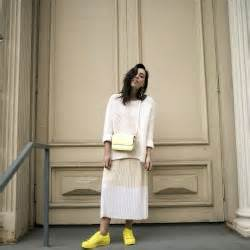 Grieving Williams Flies From Sweden To New York by My Knit Dress Fresh White Sneakers Sania Claus Demina