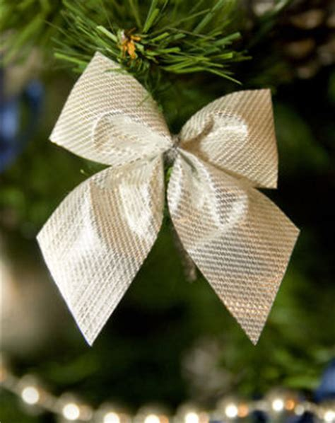 how to make bow for christmas tree tree bows