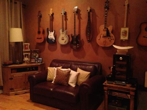 guitar bedroom ideas 36 best images about mancave on pinterest play pool