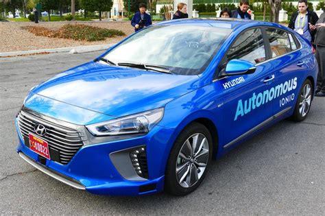 Alarm Mobil Hyundai companion mobile app exposed hyundai cars to potential