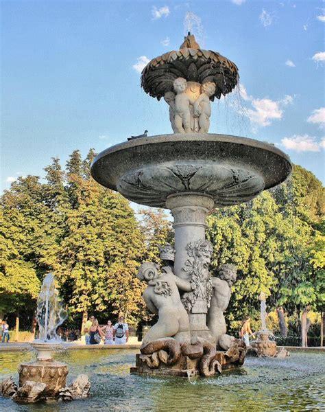 fuente de la alcachofa madridvillaycorte es parque retiro viajar a madrid