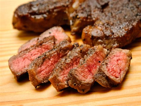 how to sear steak how to sear steak 28 images cook the medium steak with