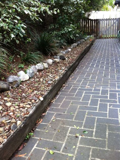 Landscape Edging Hill Replace Garden Edging In Eatons Hill