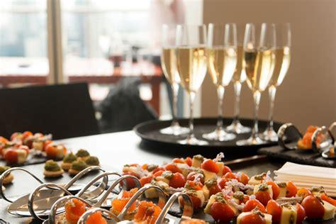catering el patio inauguraciones servicio catering zaragoza camareros