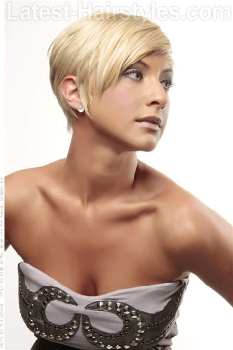 hairstyles for thin hair on head 14 gorgeous head turning short hairstyles for fine hair