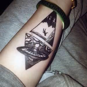 100 ufo tattoo designs for men alien abduction ink