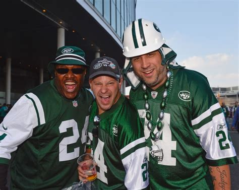 gifts for jets fans top 5 last minute christmas gifts for fans of the jets