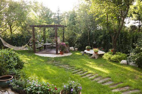 national gardening week top  facts  gardens top