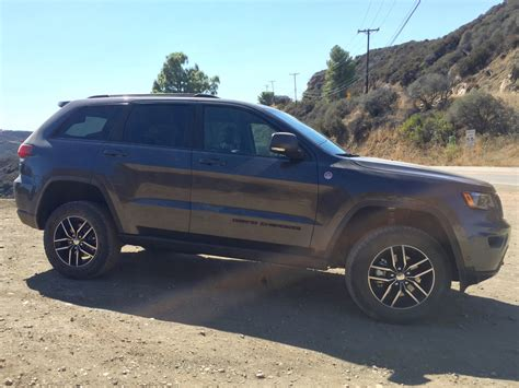 jeep grand cherokee trailhawk off road review grand cherokee trailhawk is the plush way to off