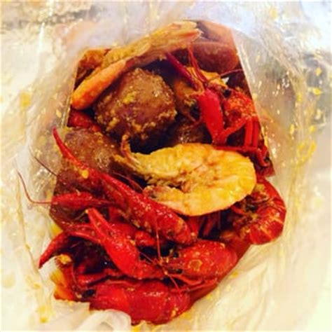 crawfish house seattle crawfish house 273 photos 290 reviews cajun creole 9826 16th ave sw white