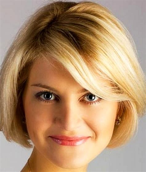 short haircuts cut toward the face 14 best short haircuts for women with round faces