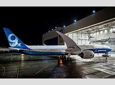 Boeing Quietly Debuted the World's Longest Passenger Jet ... World's Biggest Nose Pictures