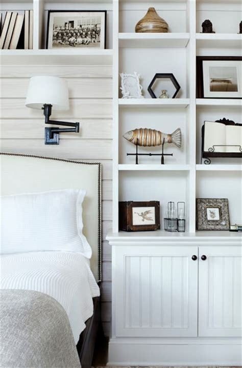 Built In Shelves In Bedroom by Built In Shelves Around The Bed Shelves Walls Around