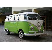 """Volkswagen Ends Production Of Its Iconic """"Kombi"""" Microbus After 63"""