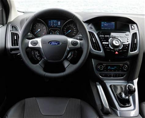focus interni ford focus interni e dettagli focus 2011 la nuova