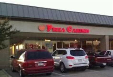 Pizza Garden Bedford by Pizza Garden Restaurant 217 Harwood Rd In Bedford Tx
