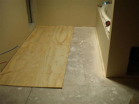 Bathroom Floor Underlayment For Tile by Levelrock Floor Underlayment Floor Underlayment 12x12