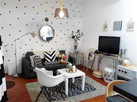 contoh wallpaper dinding ruang tamu minimalis