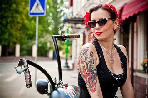 tattoo girl rock rock roll tattoo girl best tattoo ideas gallery