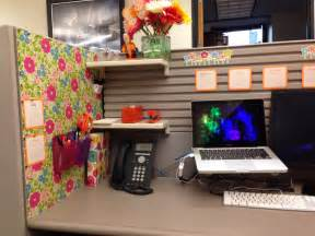 office cube ideas your cubicle doesn t have to be ugly cubicle ideas