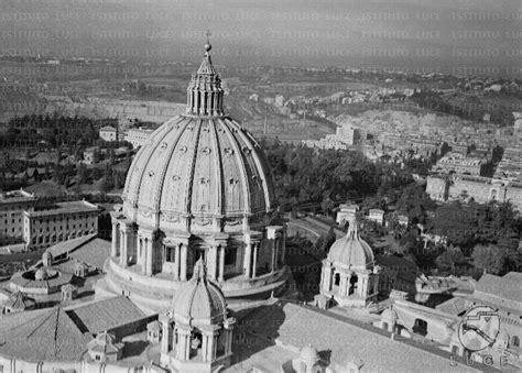 ufficio sta vaticano citta vaticano benedetto xvi verso castel gandolfo