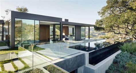 terrasse glasgeländer moderne terrassengestaltung ambiznes