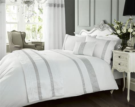 New Luxury Diamante Bedding Duvet Cover Bed Sets Luxury Diamante Kimberley White Pintuck Duvet Quilt Cover